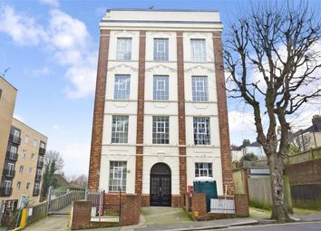 Thumbnail 2 bed flat for sale in Coombe Road, Brighton, East Sussex