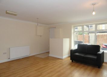 Thumbnail 2 bed flat to rent in Hardy Passage, London
