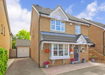 Thumbnail 4 bed detached house for sale in Kershaw Close, Hornchurch, Essex
