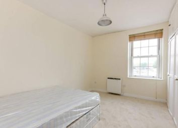 Thumbnail 2 bed flat to rent in Glentworth Street, London