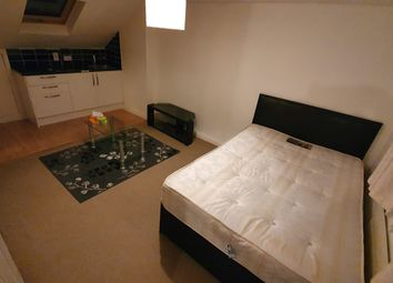 Thumbnail Room to rent in Gatling Road, Abbeywood