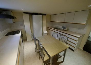 Thumbnail 2 bed property to rent in Harold Grove, Hyde Park, Leeds