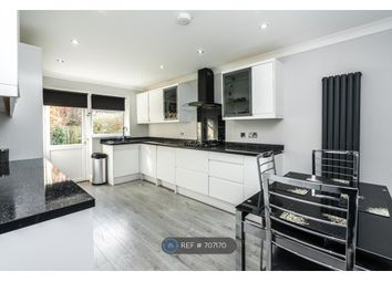 Thumbnail Room to rent in Park Road, Smallfield, Horley