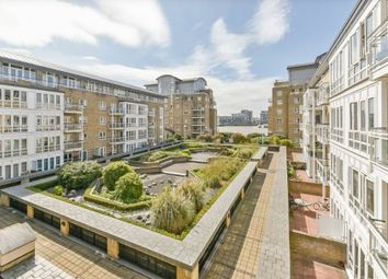 1 bed property to rent in St David's Square, Isle Of Dogs, Isle Of Dogs E14