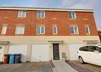 Thumbnail 3 bed terraced house for sale in Ferry Meadows Park, Kingswood, Hull