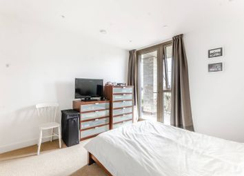 Thumbnail 2 bed flat for sale in Vita Apartments, Croydon