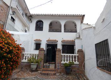 Thumbnail Town house for sale in Cutar, Axarquia, Andalusia, Spain