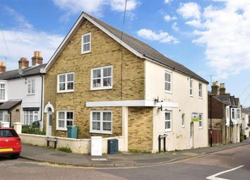 Bernard Road, Cowes, Isle Of Wight PO31. 1 bed maisonette for sale