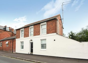 3 bed semi-detached house to rent in The Grove, Reading RG1