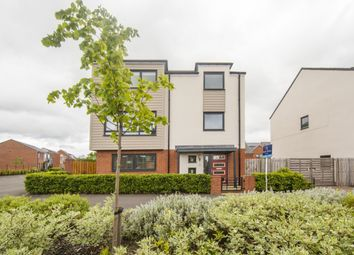 Thumbnail 5 bed detached house for sale in Elford Avenue, Greenside, Newcastle Upon Tyne
