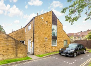 1 bed maisonette to rent in Upper Richmond Road, London SW15