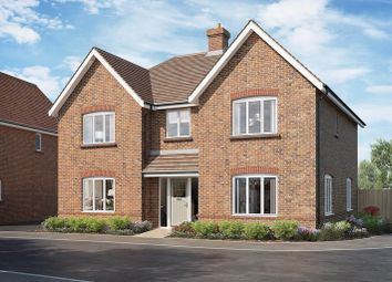 Thumbnail 5 bed detached house for sale in East Street, Billingshurst, West Sussex