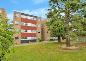 Thumbnail 2 bed flat for sale in The Cedars, Milton Road, Harpenden