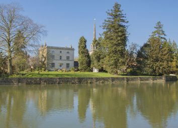 Thumbnail 3 bedroom town house to rent in Bridge House, Thames Street, Wallingford