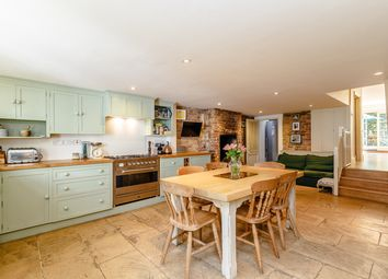 Thumbnail 5 bed terraced house to rent in Rosebury Road, Fulham