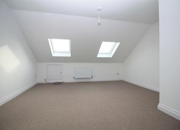 Room to rent in Cecil Road, Lancing BN15
