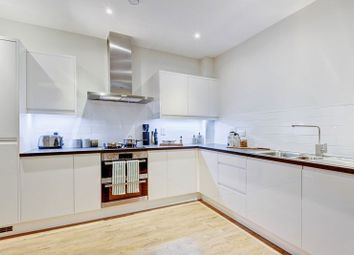 Thumbnail 3 bed flat to rent in Colindeep Lane, London