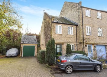 Thumbnail 2 bed property to rent in Cotshill Gardens, Chipping Norton
