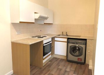 Thumbnail 1 bed flat to rent in Peel Street, Hull