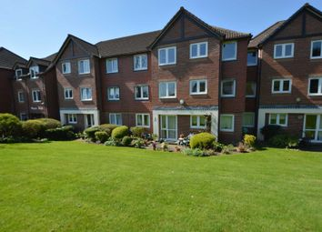 Thumbnail 1 bed flat for sale in Farnham Close, London