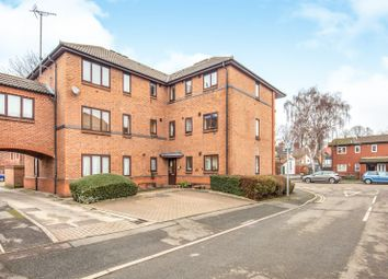 2 bed property to rent in Etruria Gardens, Chester Green DE1