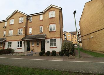 Thumbnail Town house to rent in Stephenson Wharf, Hemel Hempstead