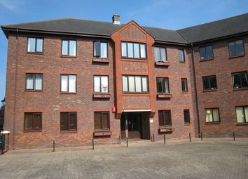 Thumbnail 2 bed flat to rent in 15 Clarence Road, Gosport