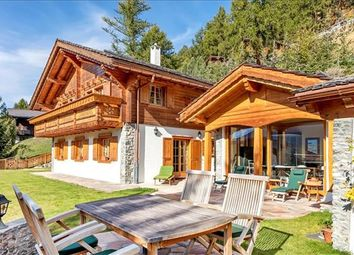 Thumbnail 4 bed detached house for sale in 3961 Saint-Luc, Switzerland