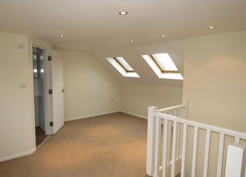 Thumbnail 4 bed property to rent in Heysham Drive, Watford