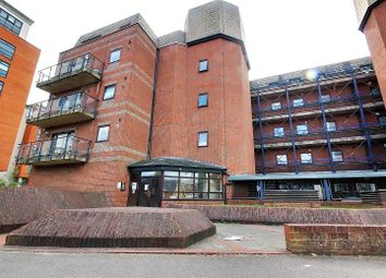 Royal Court, Kings Road, Reading, Berkshire RG1. Studio for sale