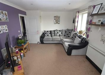 Thumbnail 2 bed flat for sale in Oak Road South, Hadleigh, Essex