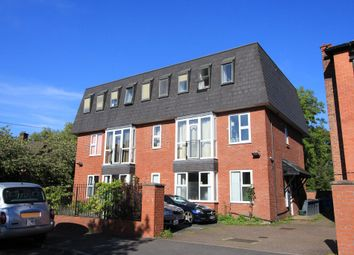 2 bed flat to rent in Dickenson Road, Manchester M14