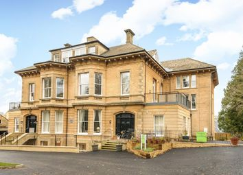 Thumbnail 3 bed flat for sale in Buchanan House, Chipping Norton