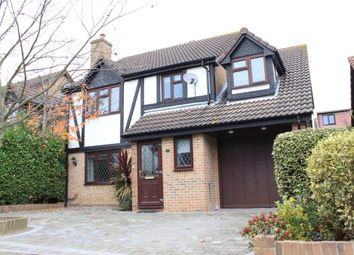 Thumbnail Property for sale in Oakhurst Close, Ilford