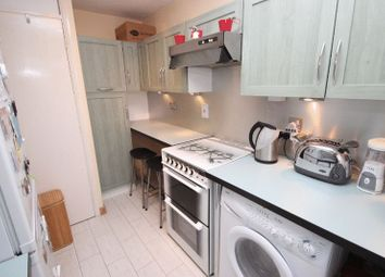 Thumbnail 1 bed flat to rent in Myers Lane, New Cross, London