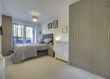 Thumbnail 1 bed flat for sale in Manor Way, Borehamwood, Hertfordshire