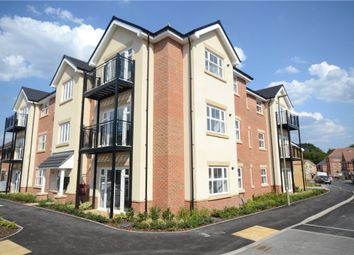 Pipet House, Hurst Avenue, Blackwater GU17. 2 bed flat