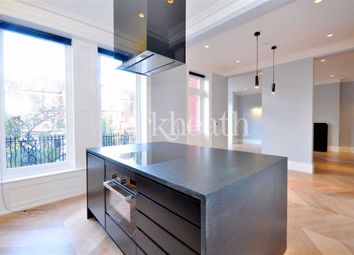 2 bed flat to rent in Compayne Gardens, South Hampstead, London NW6