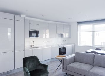 Thumbnail 2 bed flat to rent in Porters Edge At Water Yards, Canada Water, London