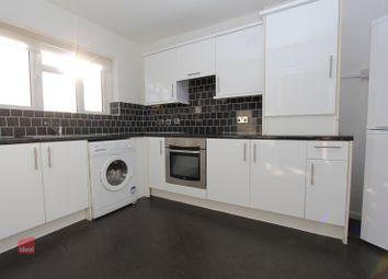Thumbnail 1 bed flat to rent in Rookwood Avenue, Loughton