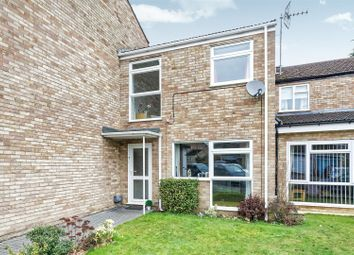 3 bed property for sale in Farthings, Knaphill, Woking GU21
