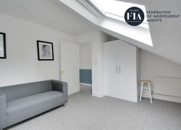 Thumbnail 1 bed flat to rent in Dorset Road, London