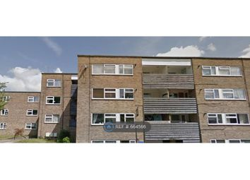 Thumbnail 2 bedroom flat to rent in Beech Drive, Berkhamsted