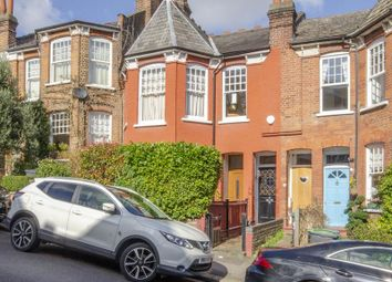 3 bed flat for sale in St. James Lane, London N10
