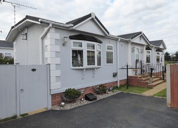 Oakfield Park, Gresford Road, Llay, Nr Wrexham, Wales LL12. 2 bed mobile/park home