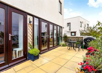 2 bed maisonette for sale in Eden Way, London E3
