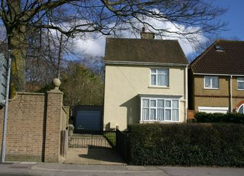 Thumbnail 2 bed detached house to rent in Castle Road, Salisbury
