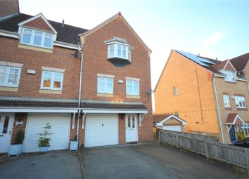 3 bed town house for sale in Sandpiper Road, Calder Grove, Wakefield, West Yorkshire WF4