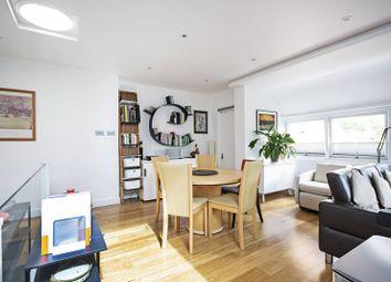 Chandos Way, Golders Green, London NW11. 2 bed flat