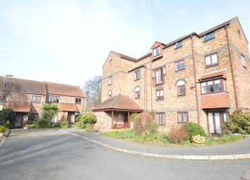 Thumbnail 2 bedroom flat to rent in Albeny Gate, St Albans